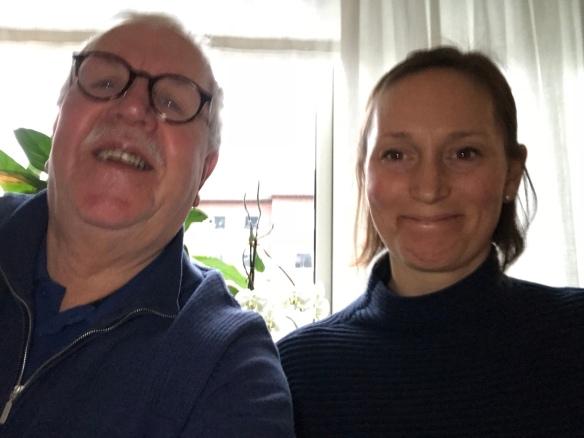 Fick en selfi bild på min vackra sonhustru och hennes lika så snygga svärfar  ... 0af7e83dea9a7
